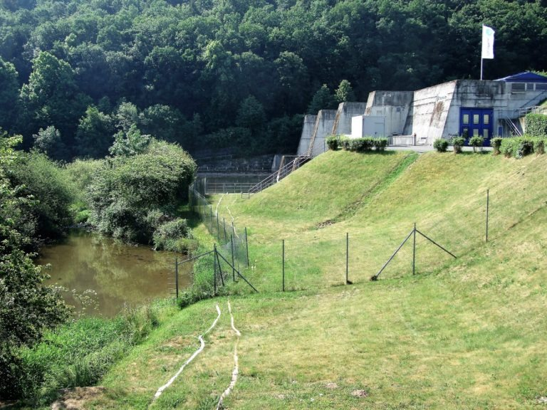 Das Laufwasserkraftwerk am Affolderner See. (Foto: Uli Klein)