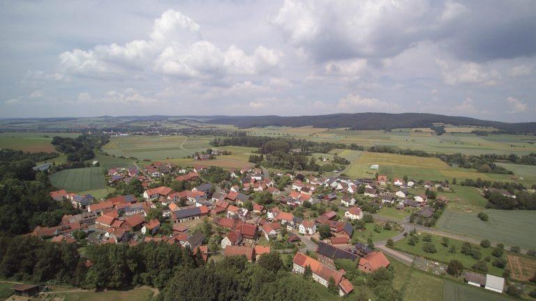 Luftaufnahme von Anraff. (Foto: 3M-Media-Works)