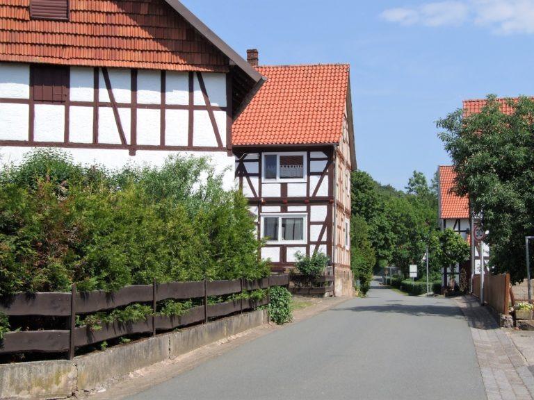 Blick in die Triftstraße. (Foto: Uli Klein)