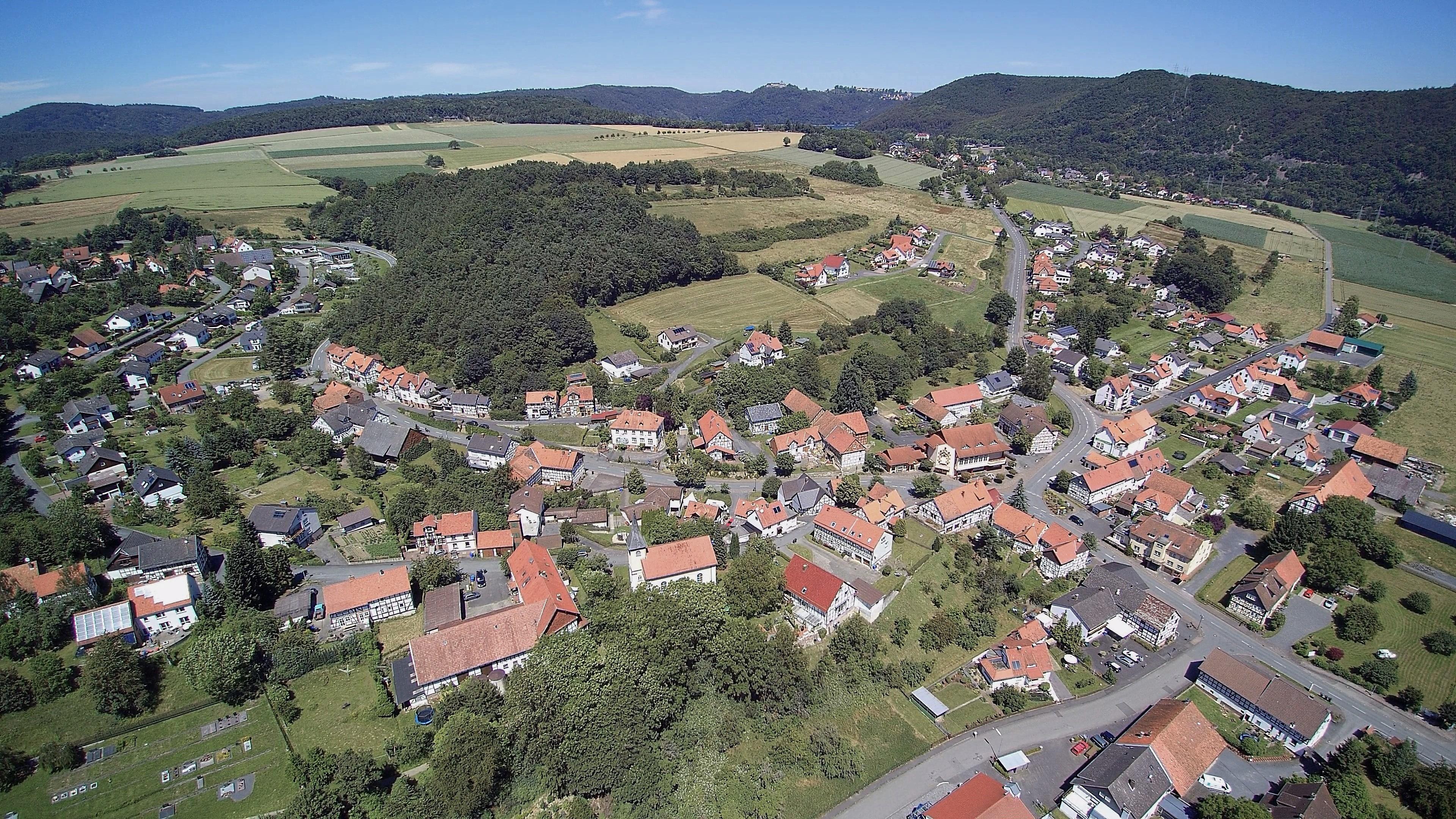 Hemfurth aus der Vogelperspektive. (Foto: 3H-Media-Works)