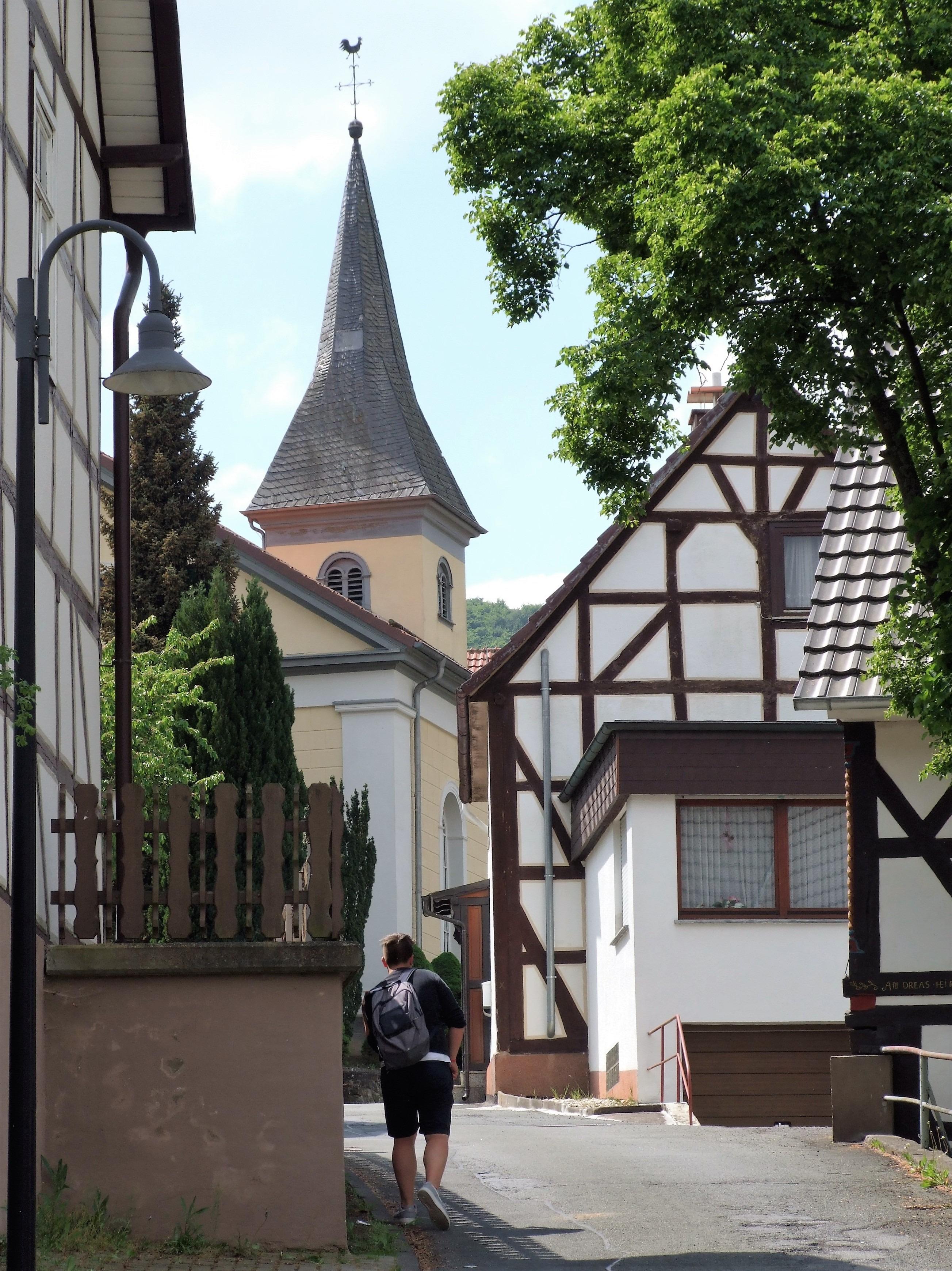 """Die Straße """"Im Kleegarten"""" in Hemfurth. (Foto: Uli Klein)"""