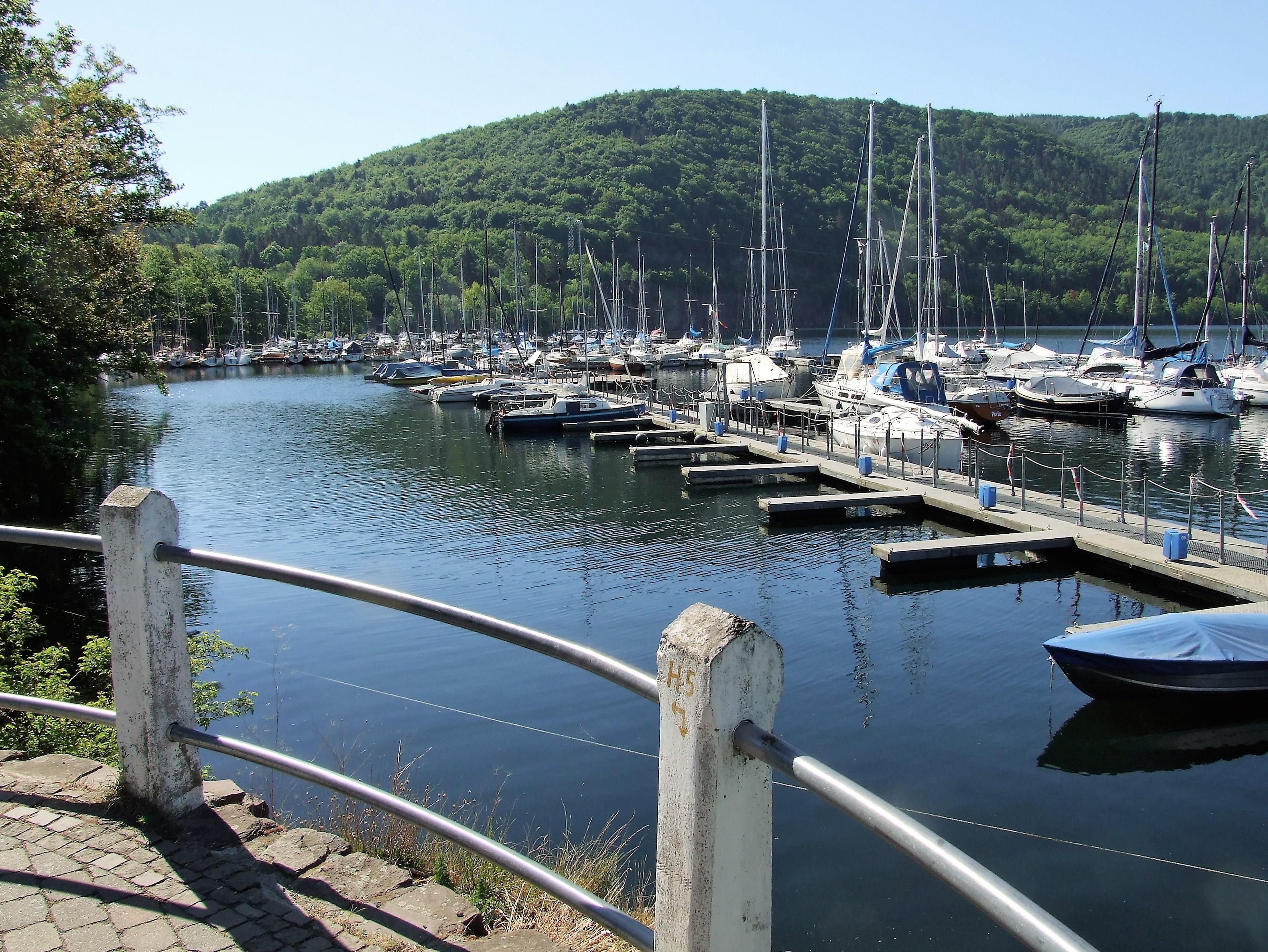 Blick vom Yachthafen Rehbach in Richtung Weißer Stein. (Foto: Uli Klein)