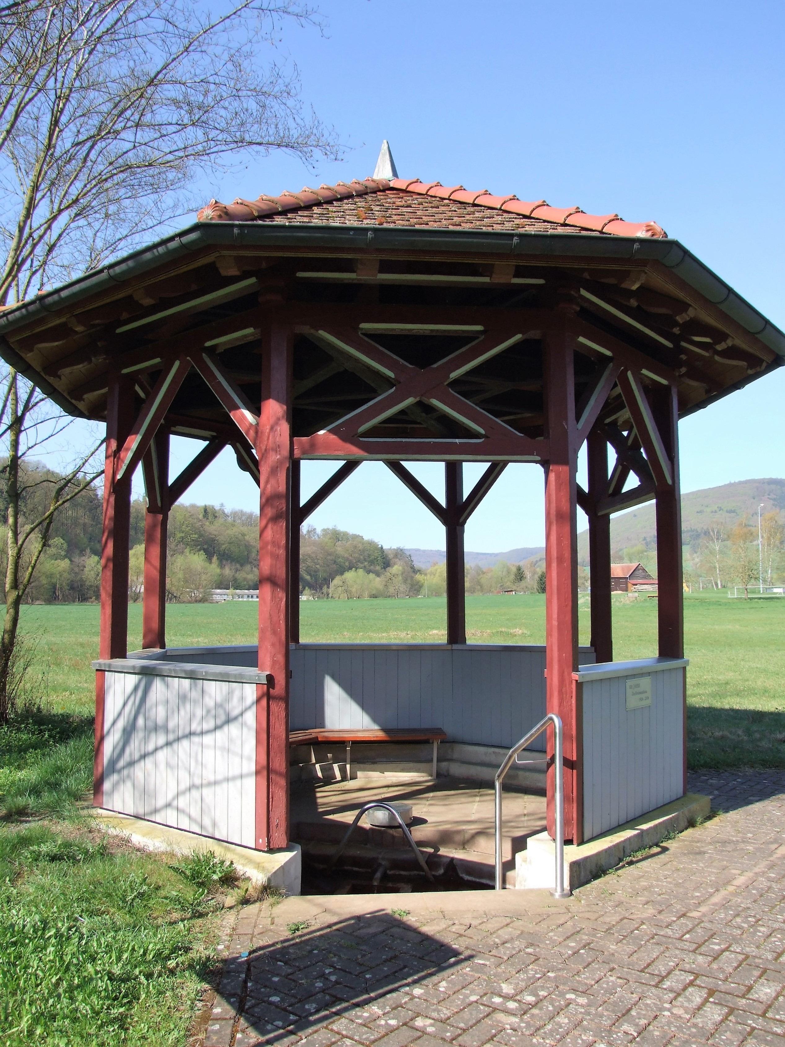 Der Dorfbrunnen. (Foto: Uli Klein)