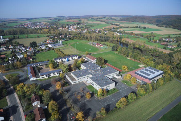Das Schulzentrum mit Grund- und Integrierter Gesamtschule. (Foto: 3H-Media-Works)